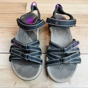 TEVA   Women's Grey & Purple   Size 7.5